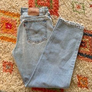 Vintage Levi's light wash high waisted mom jeans